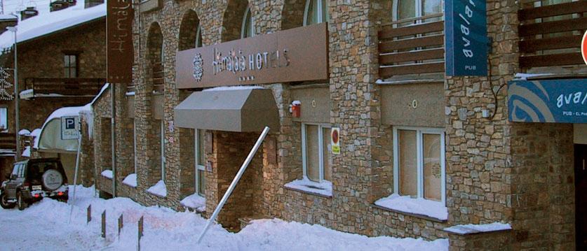 Hotel-Himalaya-exterior.jpg